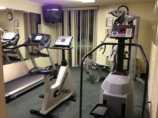 Quality Inn & Suites: 24 hour fitness center