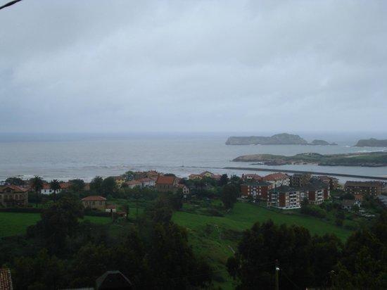 Hotel Montanes: Vistas desde la terraza
