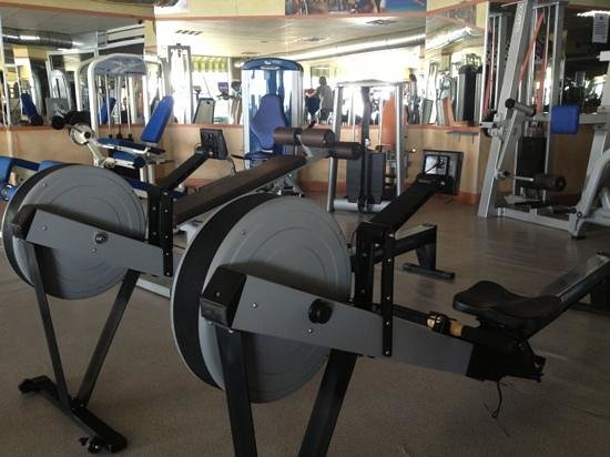 Olympic Beach Gym: Remos