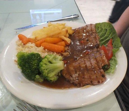Aspri Avli Garden Restaurant: pepper steak