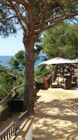 Silken Park Hotel San Jorge: view towards the sea.