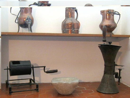 Musée d'Art et d'Histoire de Provence : Kitchen equipment