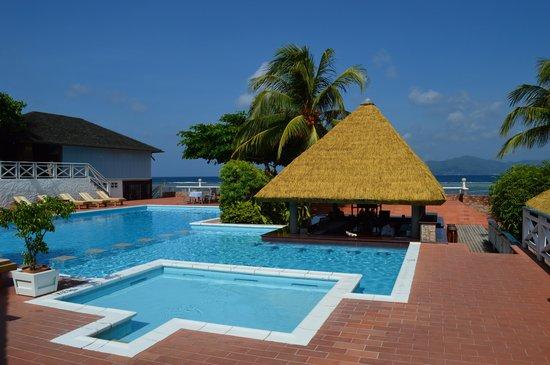 La Digue Island Lodge: swimming pool