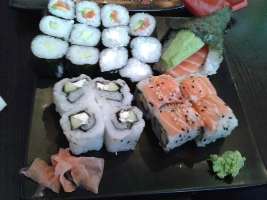 makis california rolls temaki picture of sushi eclair nancy tripadvisor. Black Bedroom Furniture Sets. Home Design Ideas