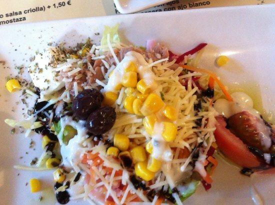 Stilo Campo: Salad was refreshing and different.