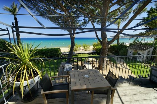 terrasse picture of chateau de sable cavalaire sur mer tripadvisor. Black Bedroom Furniture Sets. Home Design Ideas