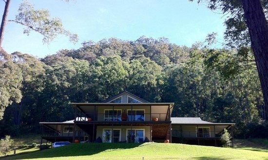 St. Albans, Australien: front profile