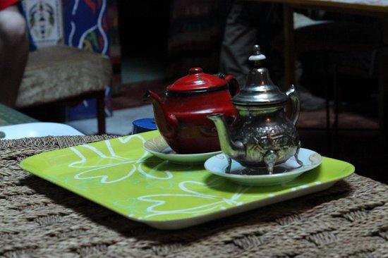 Hostel Waka Waka, Marrakech : free Moroccan tea