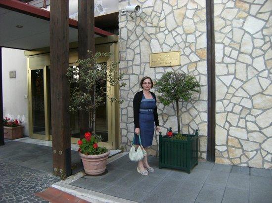 Solofra Palace Hotel & Resorts: ingresso hotel