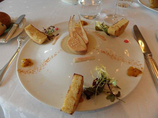 La Cote Saint Jacques: Foie-gras as an appetizer, so good