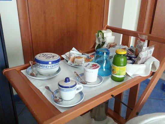 Hotel Pensione Reale: colazione in camera