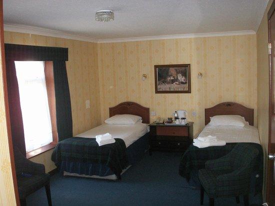 Bruce Hotel: Room 16