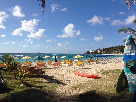 Mr. Busby's Beach Bar: Great view of Dawn Beach