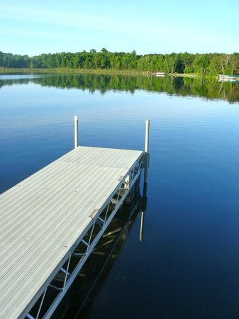 Ruttger's Bay Lake Lodge: A view of Bay Lake from the dock at Battle Point Condos