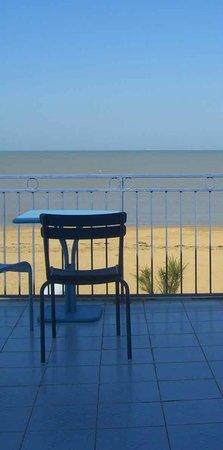 Clarion Collection Hôtel Les Flots : Der wunderbare Blick vom Zimmer aufs Meer