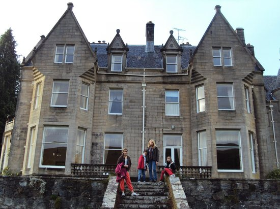 Glengarry Castle Hotel: back of castle
