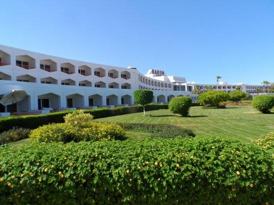 Baron Resort Sharm El Sheikh: gardens