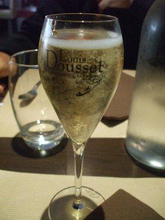 Le Colibri : Dusset グラス売り