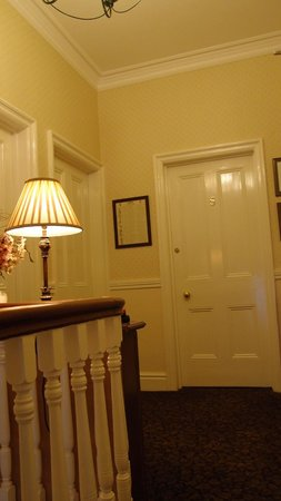 Farthings Guest House: 1st floor