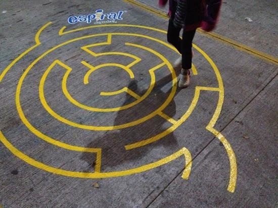 Espiral Jugueteria: Diversión desde el estacionamiento