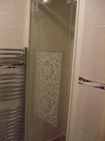 Verdene Hotel B&B: Bathroom