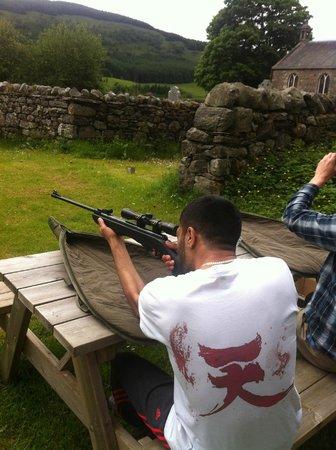 Gulabin Lodge Accomodation: The shooting activity