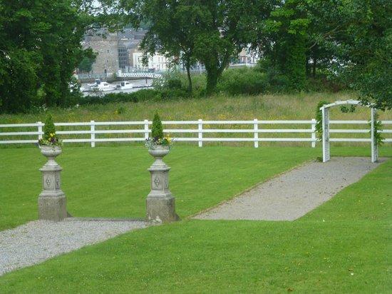 Athenaeum House Hotel: grounds