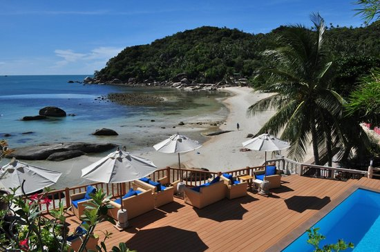 Piscine Et Plage De L Hôtel Crystal Bay Beach Resort