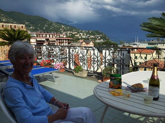 Hotel Stella: Aperitif on the terrace