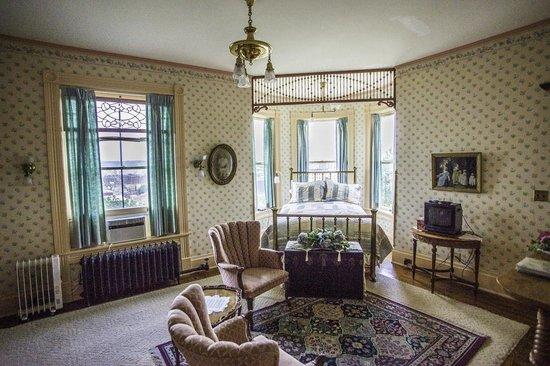 Hancock House B and B: Florence's Room