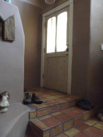 Las Brisas de Santa Fe: entranceway