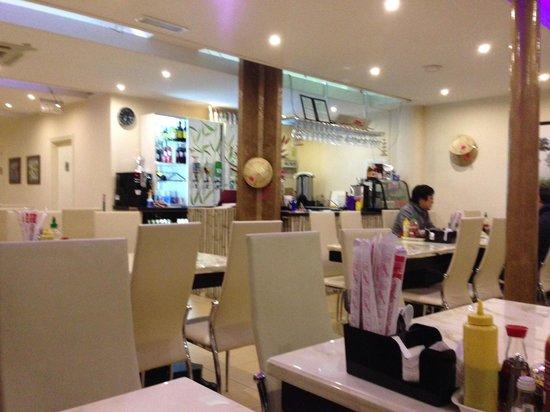 I Am Pho: Nice restaurant