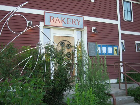 On the Rise Bakery: Funky, kick back ambiance
