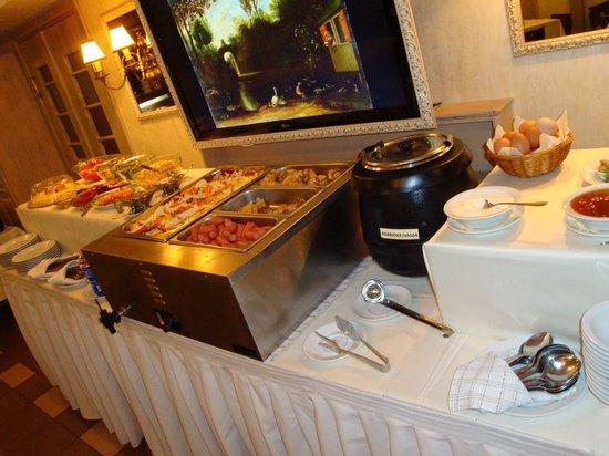 Arbat Nord Hotel: Frühstücksbuffet