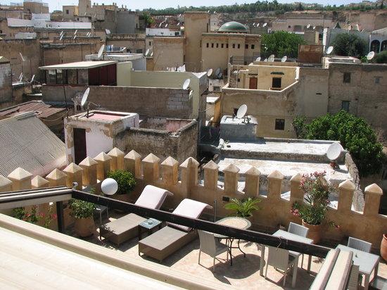 Riad Adarissa: grande terrasse
