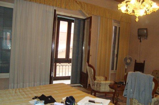 Residenza Grisostomo : camera