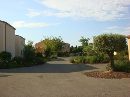 Residence Les Demeures du Ventoux : espace village
