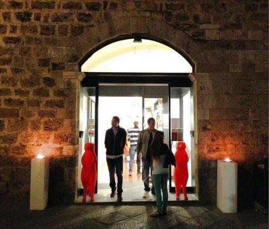 Primeiro Arco de Gabrielle: Ato IV -  As razões Galleria-gagliardi-san