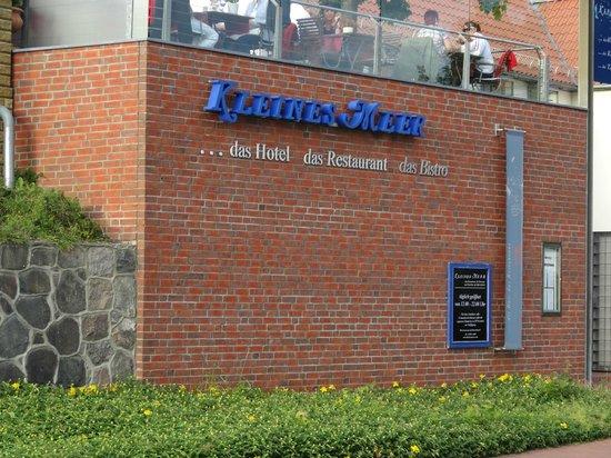 """Terrassenseite Hotel """"Kleines Meer"""""""