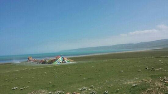 Qinghai Plateau: 第一次看到青海湖!噢!太美!