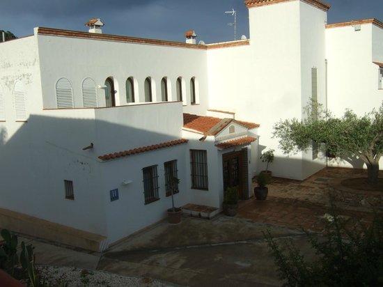 Hotel Cal Naudi: Entrada al restaurante