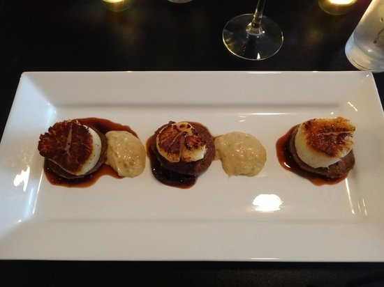 The Dish Cafe: Scallop and Chorizo Appetizer- it was sogood!