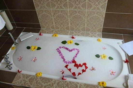 Melia Buenavista: Bath we came back to one night