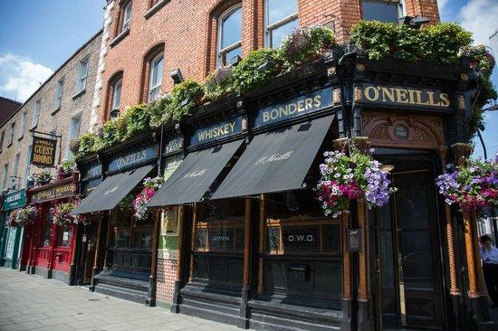 O'Neills Victorian Pub