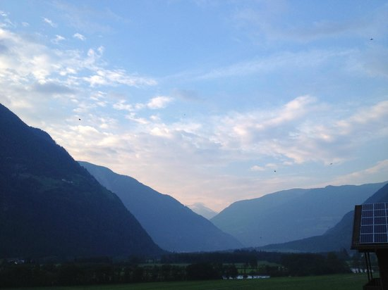 Föstlerhof: Ausblick von der Terrasse ...