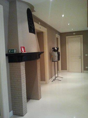 House 5 Room Design: Corridoio