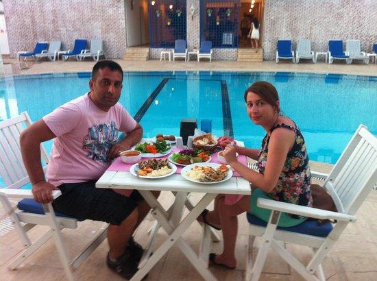 Monta Verde Hotel & Villas: akşam yemeği
