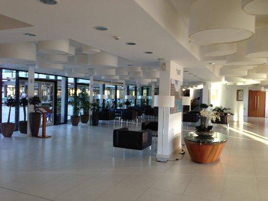 Alimounda Mare: hall