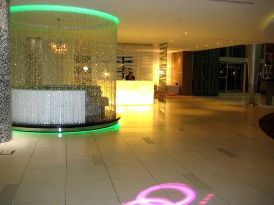 Crowne Plaza Johannesburg - The Rosebank: Lobby