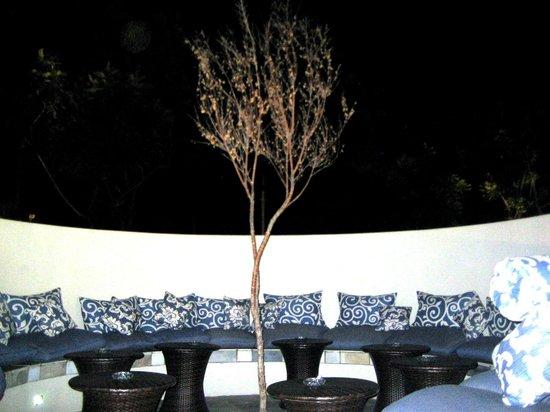 Crowne Plaza Johannesburg - The Rosebank: Aussen-Sitzecke